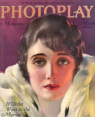 Alice Joyce - Joyce on the cover of Photoplay (1920)