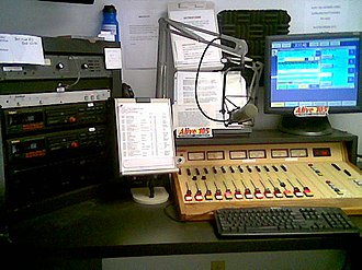 WALV-FM - The former WALV-FM main broadcast studio in Cleveland, Tennessee