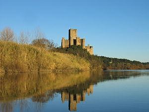 Almourol Castle.jpg