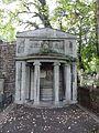 Alterhedwigsfriedhofberlin Susanne Adlon.jpg