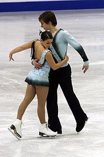Amanda Velenosi & Mark Fernandez 2008 Junior Worlds.jpg