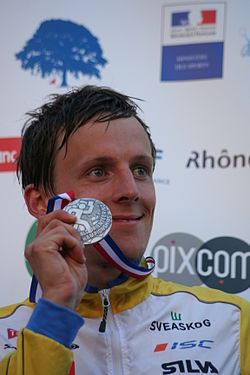 Anders Holmberg with silver medal of WOC 2011 sprint.jpg