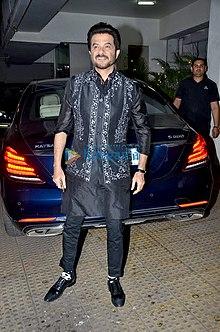 Anil Kapoor graces Vidhu Vinod Chopra's house party.jpg