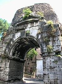 Appia antica 2-7-05 003.jpg