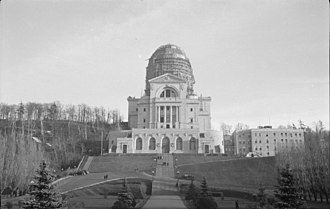 Saint Joseph's Oratory - View of the dome under construction in 1937.
