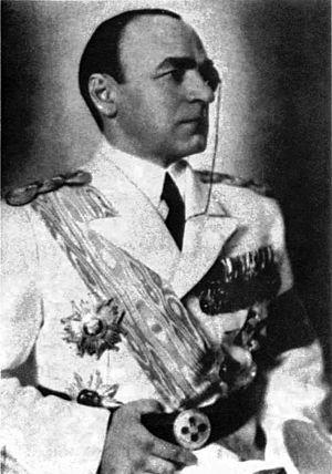 Armand Călinescu - Călinescu in uniform