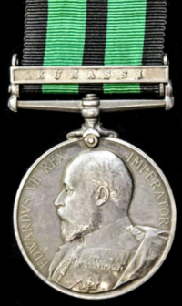 Ashanti medal with clasp Kumassi 1901, obverse.png