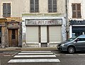 Au Petit Nice, ancien commerce à Saint-Rambert-en-Bugey.jpg