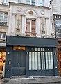 Au bourdon d'or, 93 rue Saint-Honoré, Paris 1er.jpg