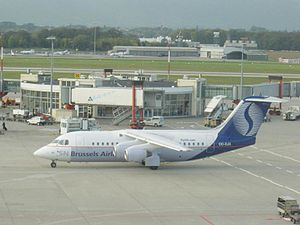 SN Brussels Airlines - Image: Avro RJ85 (SN Brussels Airlines) 091