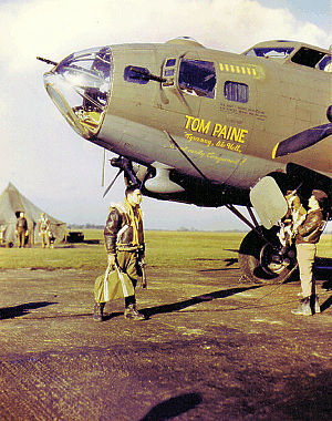 Direction finding - The RDF antenna on this B-17F is located in the prominent teardrop housing under the nose.