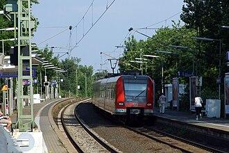 S1 (Rhine-Main S-Bahn) - S1 at Frankfurt-Nied station
