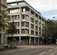 Bahnhofstrasse Zürcher Kantonbank.jpg