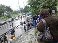 Bajando a la parada de autobuses desde el Puente de Bárbula - panoramio.jpg