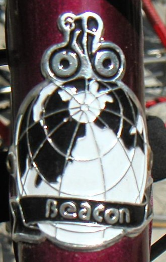 Head badge - Image: Beacon head badge
