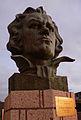 Beethoven vor dem Pabellón Polideportivo de Adeje 2 fcm.jpg