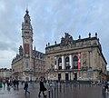 Beffroi de la chambre de commerce (à gauche) et l'opéra de Lille (à droite) - 2.jpg