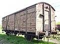 Biala-Podlaska-080504-covered-waggon.jpg