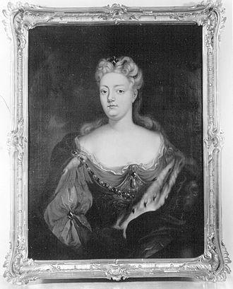 Maria Henriette de La Tour d'Auvergne - Image: Bildnis der Pfalzgräfin Maria Henriette Leopoldine von Sulzbach, geb. Marquise de la Tour d'Auvergne (1708 1728)