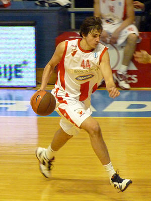 Nemanja Bjelica - Bjelica playing for Red Star.