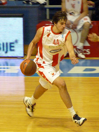 Nemanja Bjelica - Bjelica playing for Red Star.