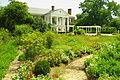 Boone-hall-garden-sc1.jpg