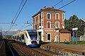 Borgaro Torinese - stazione ferroviaria - elettrotreno TTR.jpg