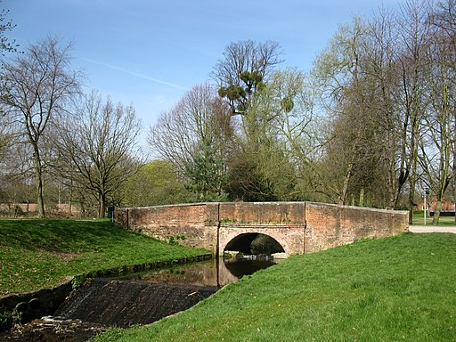 Bridge in Eton College grounds - geograph.org.uk - 1802236