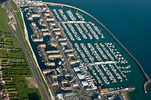 Brighton Marina - Brighton Marina from the air