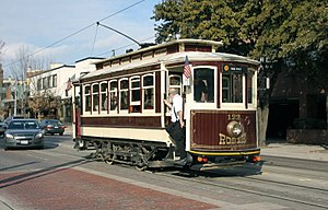 Brill car 122 on McKinney Ave trolley line (2011)