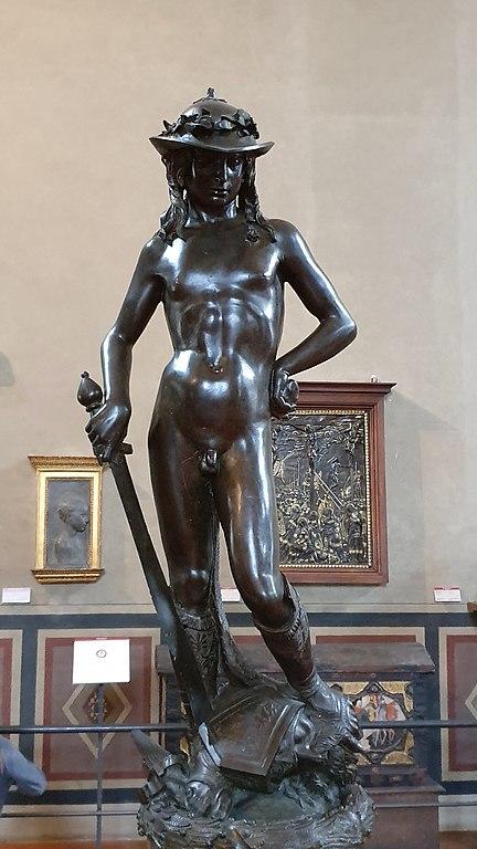 File:Bronze David by Donatello-Bargello.jpg - Wikimedia Commons
