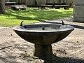 Brunnen (Schulhaus Neumünsterstrasse).jpg