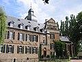 Burg Bergerhausen Suedseite.jpg