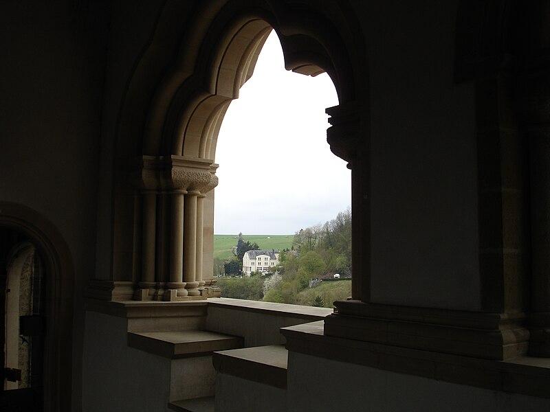 File:Burg Vianden 1.JPG