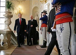 Grassalkovich Palace - President George W. Bush and Slovak President Ivan Gašparovič in Grassalkovich Palace during the Slovakia Summit 2005