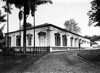 Bogor Botanical Gardens - Zoologisch Museum en Laboratorium built in 1901, now Bogor Zoology Museum.