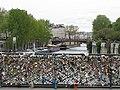 Cadenas parisiens.jpg