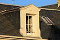 Caen 64 rue Saint-Ouen lucarne datée 1877.JPG