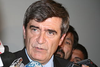 Camilo Escalona Chilean politician