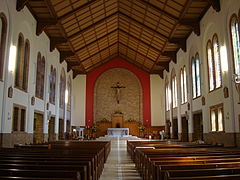 Canberra StChristopherCathedral Interior.JPG