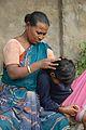 Caring Lice-infested Girl - Kolkata 2014-12-14 1617.JPG