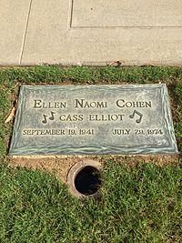 Cass Elliot Grave.JPG