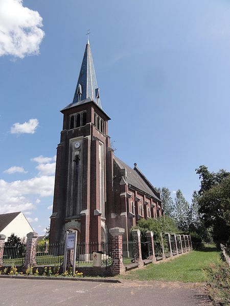 Caumont (Aisne) église Saint-Pierre