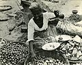 Ceylon-native-selling-onions-RG-208-AA-158-E-002.jpg