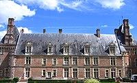 Château st amand puisaye.jpg