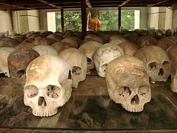 English: Stela of skulls, Cheung Ek Killing Fi...