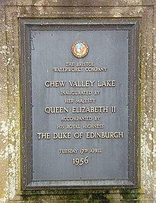 Plaque with text commemorating the visit of Queen Elizabeth II