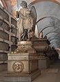 Cimitero di monumentale Staglieno-galleria inferiore.jpg
