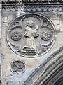 Clerc à genoux cathédrale Bayeux.JPG