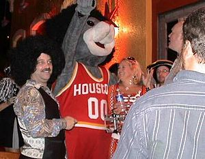 Mascot Hall of Fame - Image: Clutch Halloween 2005